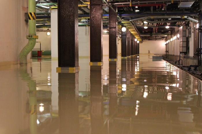 samonivelačné cementové podlahové stierky